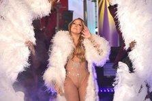 Mariah Carey, cel mai penibil moment live! (video)