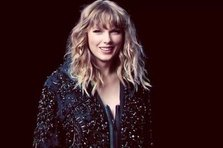 Taylor Swift - Ready for It, Call It What You Want (live@SNL)