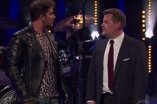 Adam Lambert si James Corden in lupta pentru solistul Queen (video)