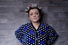 "Carmen Tanase, Cristina Ciobanasu (Criss), Vlad Gherman si Rapha Tudor joaca in primul iSerial din Romania, ""Cand mama nu-i acasa"", de la Happy Channel"