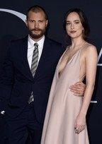 Vedete pe covorul rosu la premiera Fifty Shades Darker