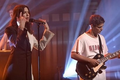 Dua Lipa, Martin Garrix - Scared of Being Lonely (live@ Jimmy Fallon)