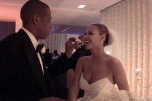 Beyonce si Jay Z aniverseaza 9 ani de casnicie cu un video emotionant