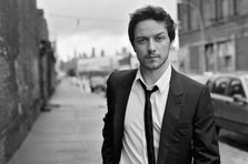 La multi ani, James McAvoy!