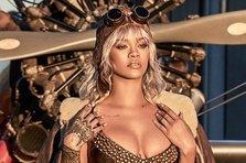 Rihanna lanseaza o colectie de bijuterii