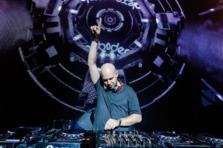 "Alexander Popov lanseaza la apa Interplay Records cu ""Eyes To Heaven"""