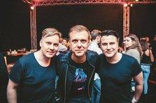 Remixul lunii: Armin van Buuren feat. Jacqueline Govaert - Never Say Never (Super8 & Tab Remix)