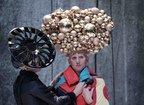 Christian Lacroix - costume memorabile pentru un spectacol de teatru prezentat la Avignon