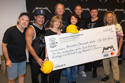 Trupa Metallica doneaza 250.000 de euro pentru initiativa #NoiFacemUnSpital