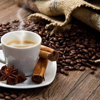 8 prajitorii de cafea artizanala din Bucuresti pe care sa le incercati.
